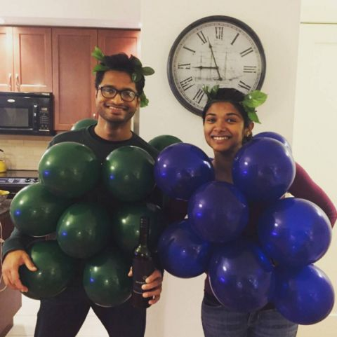 bunch-of-grapes-couple-costume_1